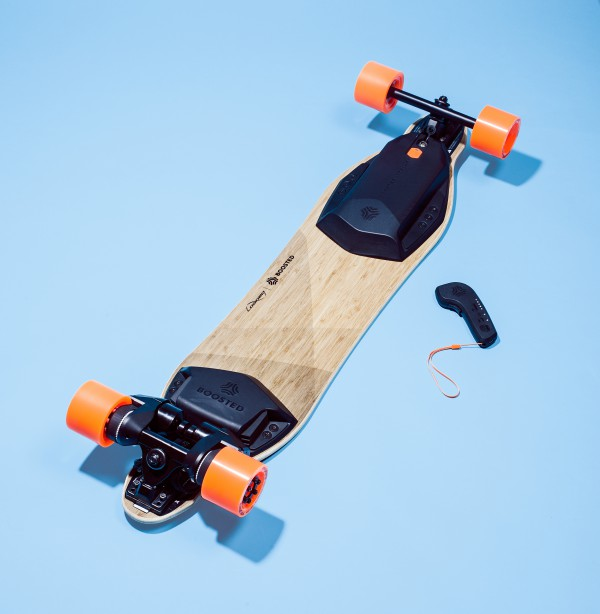 BOOSTED-ELEC-SKATEBOARD
